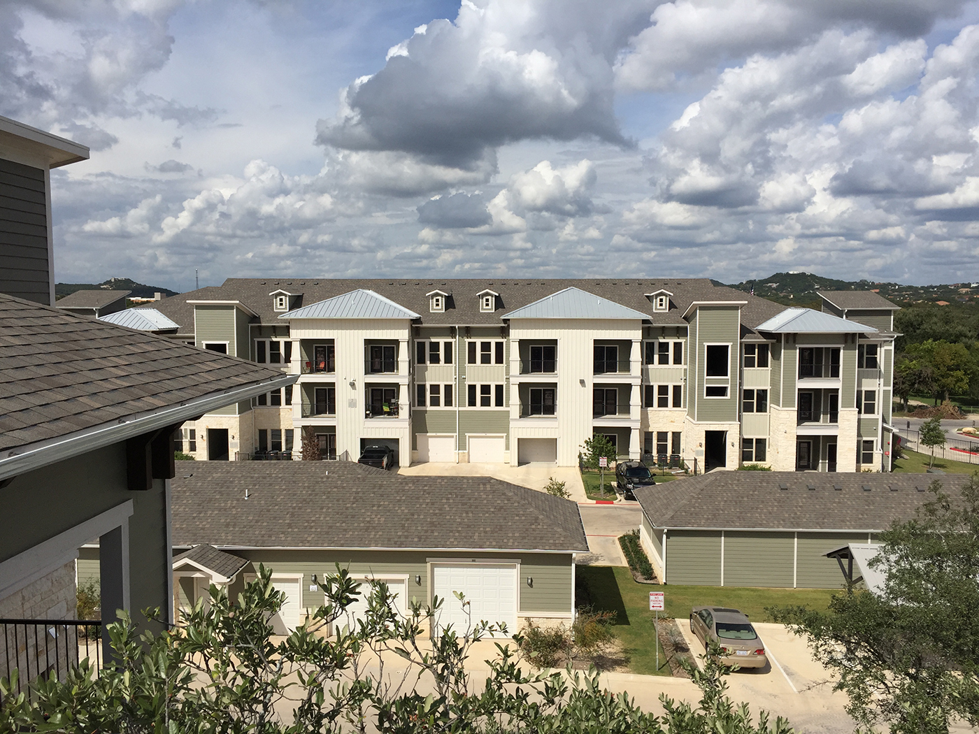 Multi Family Roofing Commercial Roofing In Dallas Tx